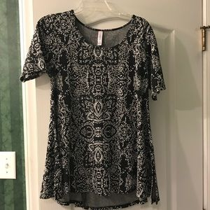 Like New Small LLR  Perfect Tee.